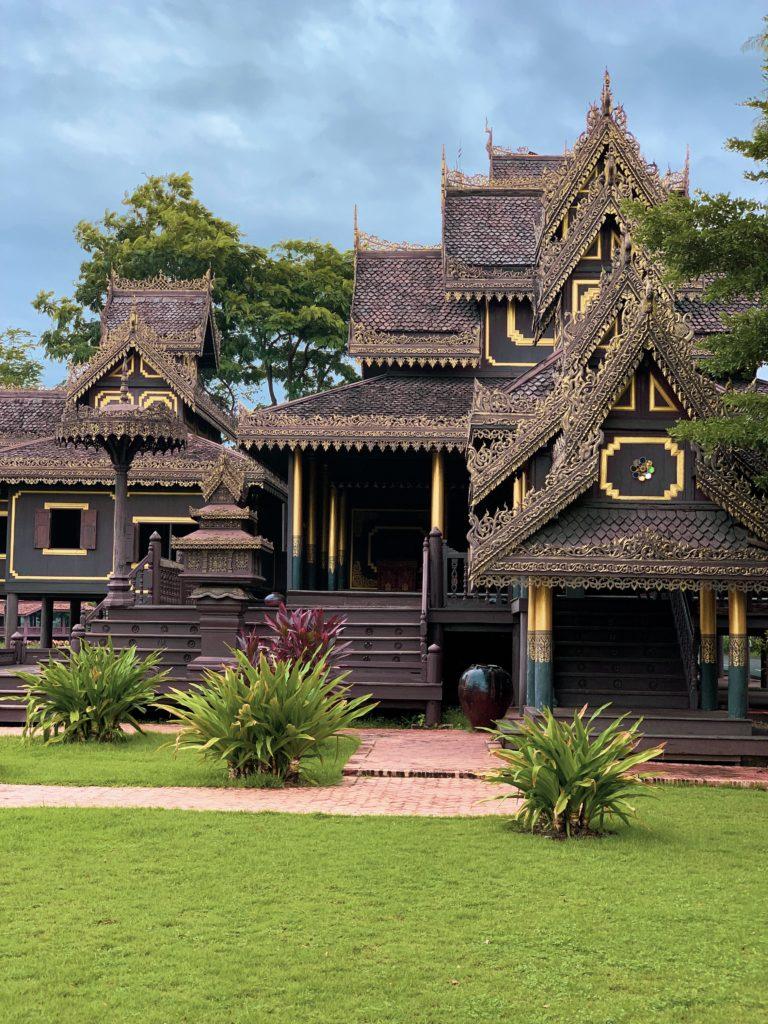Kolejna piękna budowla w Ancient Siam