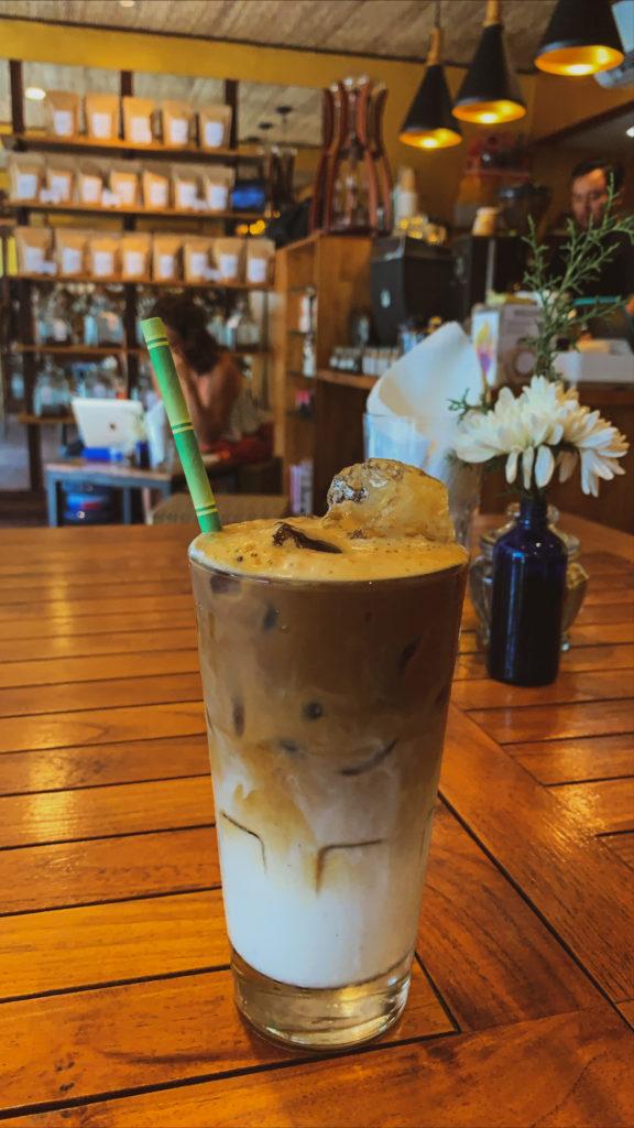 Gdzie dobrze zjeść w Ubud - Coffee Roastery