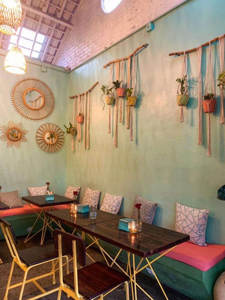Gdzie tanio zjeść w Canggu - Warung Local