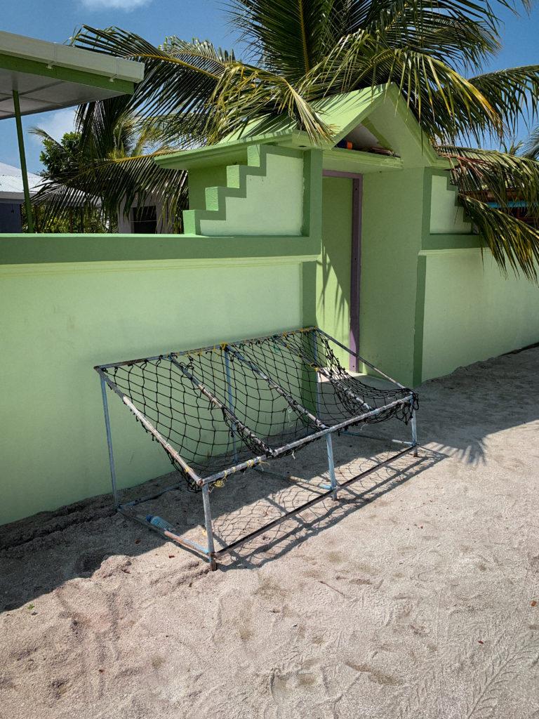 Charakterystyczne ławeczki - co warto wiedzieć o Malediwach