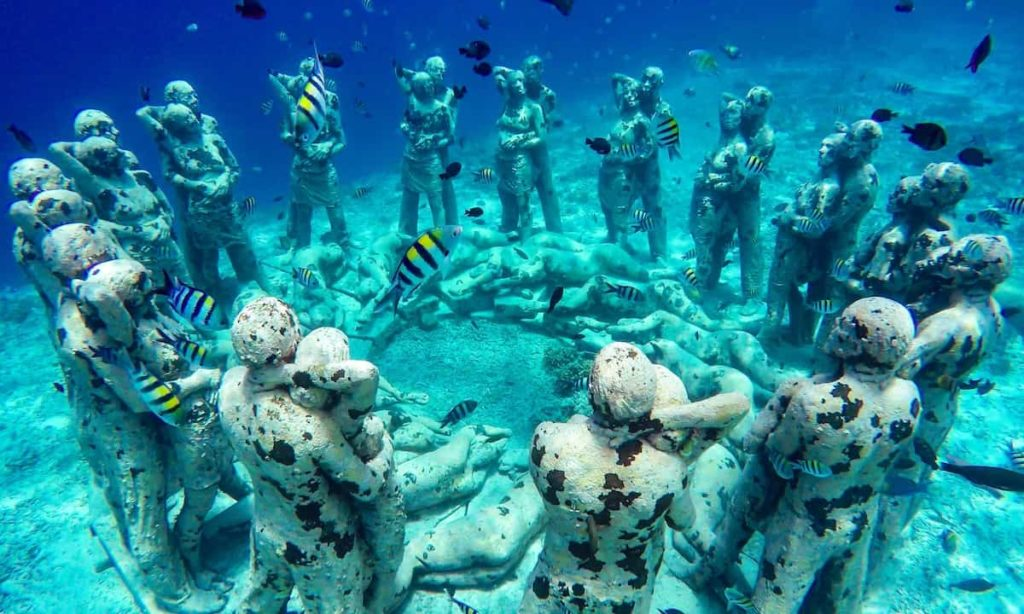Wyspy Gili - Nest Underwater Statues niedaleko Gili Meno