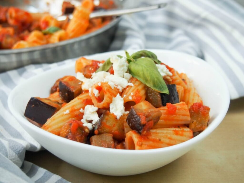 Jedzenie na Sycylii - pasta alla norma