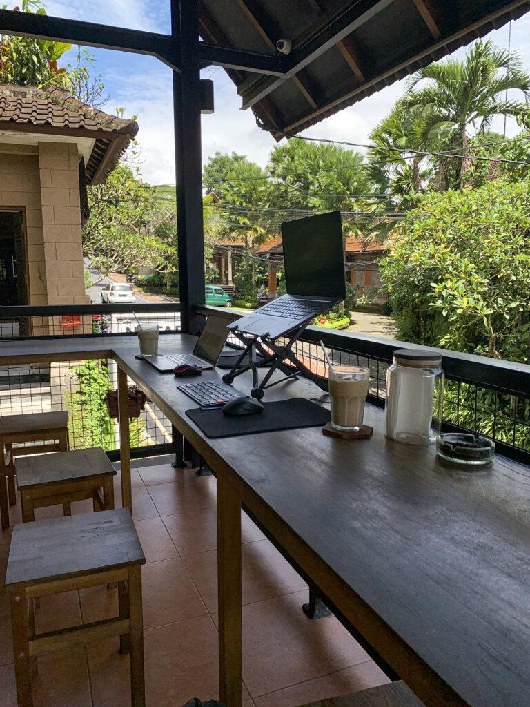 Kawiarnie do pracy w Ubud - Kopitoko